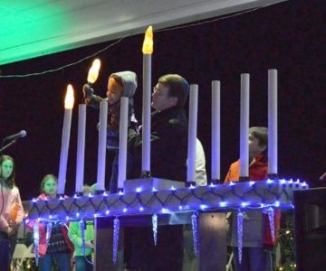 menorah_lighting